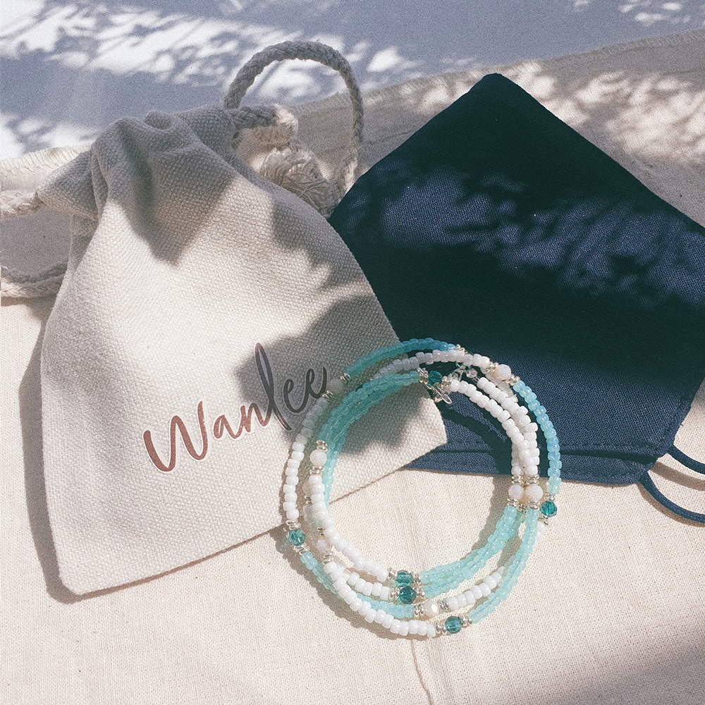 Summer Days, 3-Way Facemask Strap / Choker / Bracelet in Mint/Pearl