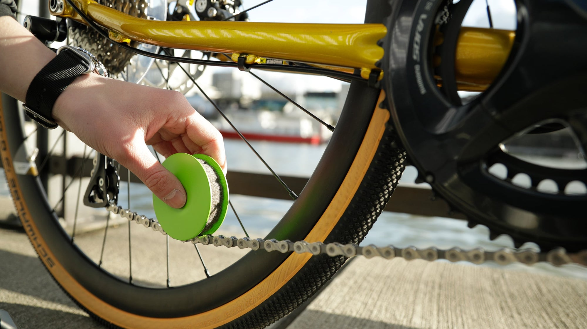 GREEN DISC - eco-friendly bike chain maintenance in seconds
