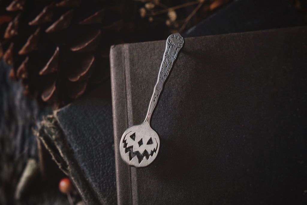 Antique Pin: Haunted Hallows Spoon Pin