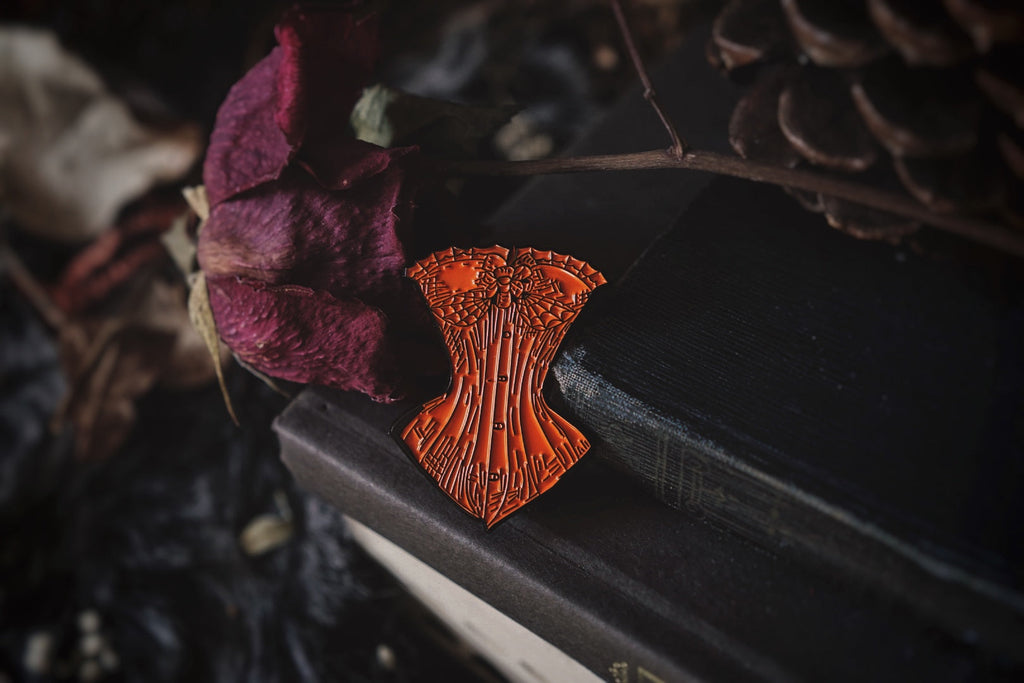The Sanderson Corset Pin