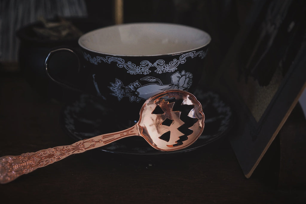 Haunted Hallows Tea Spoon (Set of 2)