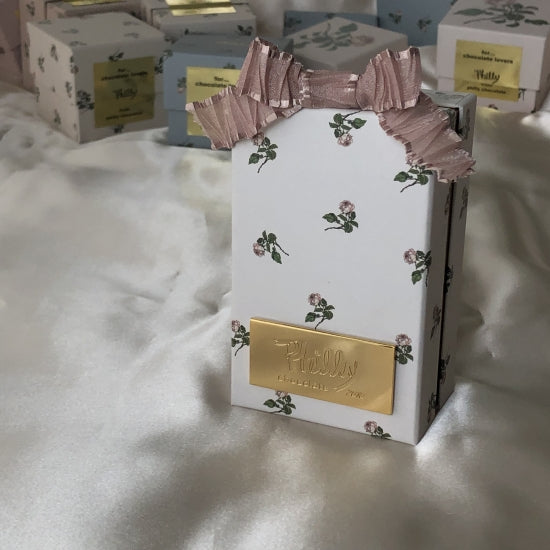 mini rose box (white)