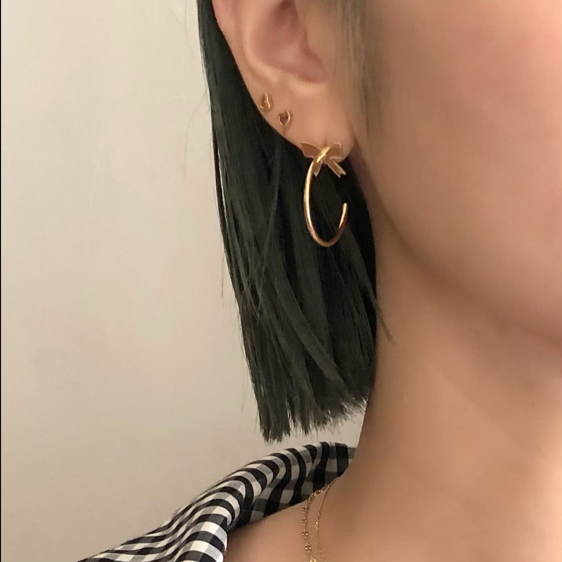 Ribbon hoop pierce