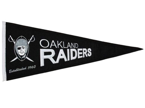 "Oakland Raiders NFL Winning Streak Throwback Pennant (32"", x 13"")"