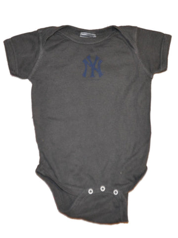 Shop New York Yankees SAAG Infant Baby Charcoal Snap Close One Piece Outfit