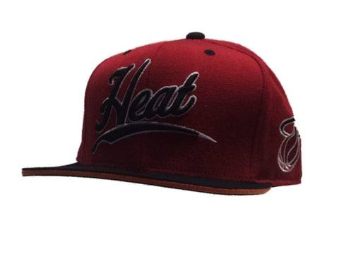 Miami Heat Mitchell & Ness Red Black Structured Fitted Flat Bill Hat Cap (7 3/8)