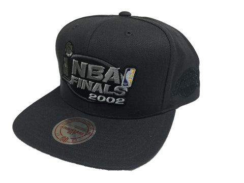 Shop Los Angeles Lakers Mitchell & Ness Gray NBA Finals 2002 Adj. Flat Bill Hat Cap - Sporting Up