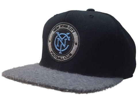 New York City FC Mitchell&Ness Black Furry Bill Fitted Flat Bill Hat Cap (7 3/8)