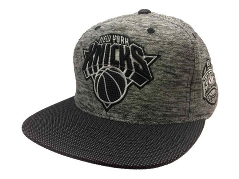 New York Knicks Mitchell & Ness Gray Static Adj. Snapback Flat Bill Hat Cap