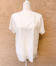 Load image into Gallery viewer, V-Neck White Tee