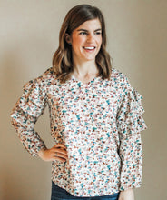 Load image into Gallery viewer, Printed Ruffle Sleeve Top