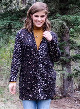 Load image into Gallery viewer, Brushed Leopard Jacket