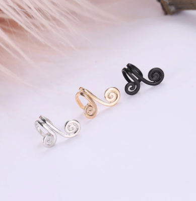 1 pcs Vintage Crown Flower Leaf Ear Cuff Non Pierced Clip Earrings for Women Trendy Punk Small Carved Hollow Crystal Earrings