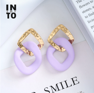 Into zby Trendy Light Purple Acrylic Chain Shape Drop Earrings for Women Geometric Earring Drop Metal Light Gold Color Plated