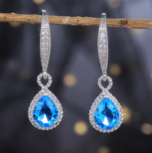 Huitan Brilliant Cubic Zircon Water Drop Shape Women Earrings Elegant Wedding Anniversary Gift for Lover High Quality Jewelry