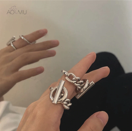 AOMU 2020 New Hollow Toggle Clasp Twisted Silver Color Chain Circle Bar Geometric Punk Rings for Women Minimalist Party Jewelry