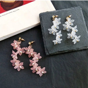 Fashion Trendy earrings flowers stud earrings for women Vintage creative temperament contracted woman stud earrings fine jewelry