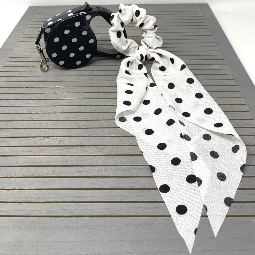POLKA DOT Retractable leash & scrunchy with wings
