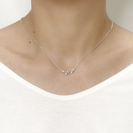 Leaf Cubic Zirconia Necklace - CHOMEL