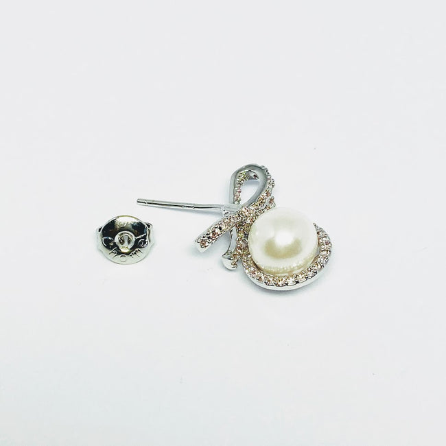 Simulated Pearl Ribbon Earrings