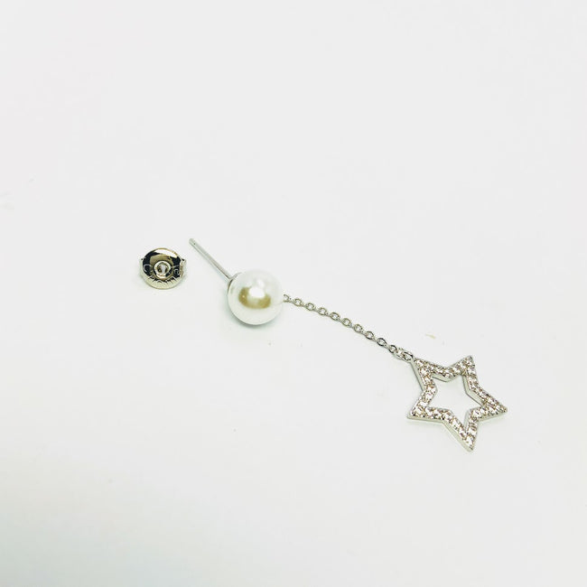 Moon & Star Pearl Earrings