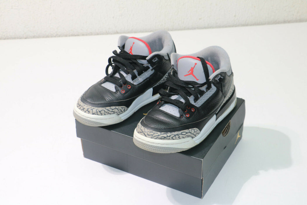 Air Jordan 3 Retro Black Cement 2018 (GS) - 854261-001 Size 5Y