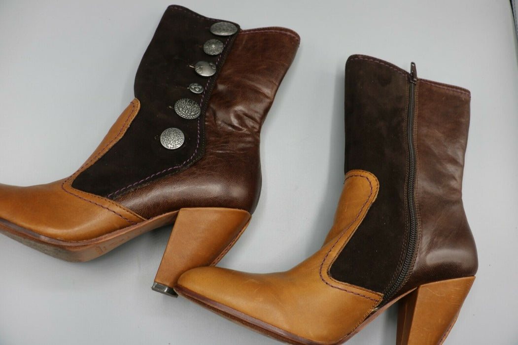 True Religion Beautiful Leather Hilda boots Camel/Chocolate women size 8.5M
