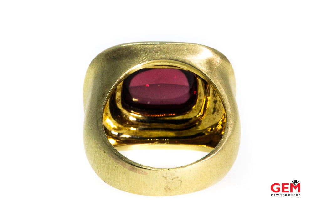 Bezel Set Natural Cabochon Garnet Brush Finished Solitaire Domed Band 14K 585 Yellow Gold Ring Size 5 1/2