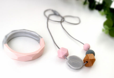 New Bubba Chew Pink, Wood and Marble necklace and bangle set