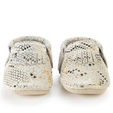 Load image into Gallery viewer, Rattlesnake Genuine Leather Baby Moccasins