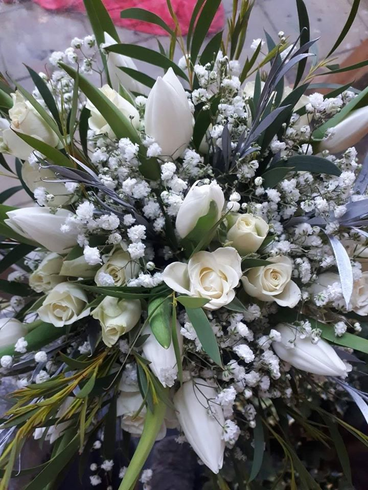 Wedding Flowers - Tulips and Roses