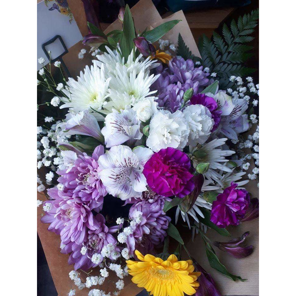 Flower Delivery Lisburn - Chrysanthemum, Carnation & Gerbra - Mandies Creations Florist
