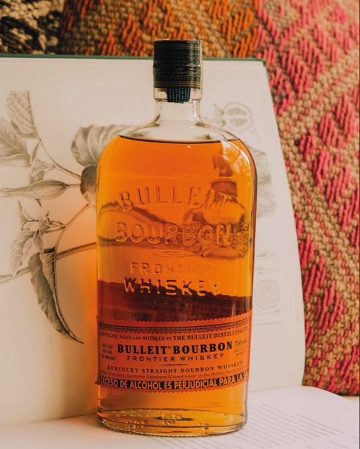 Whiskey Bulleit Bourbon Botella - La Careta Licores Sede 70