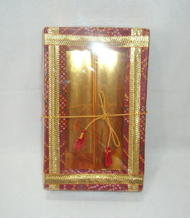 Red Bandhani Sweet Box 250 Grams- S003
