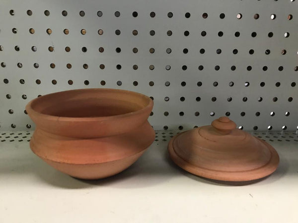 Clay Handi With Lid