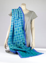 Load image into Gallery viewer, Silk with merino wool felted shawl Blip 200-022 - Ellen Bakker