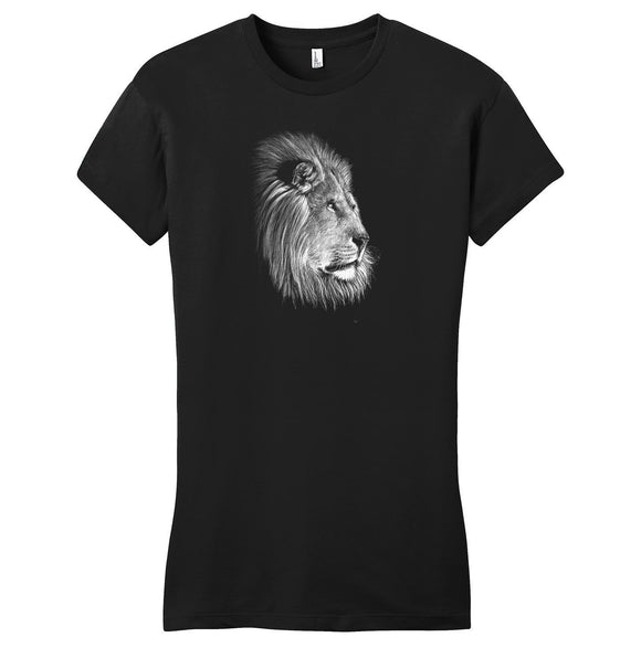 Lion on Black - Women's Fitted T-Shirt