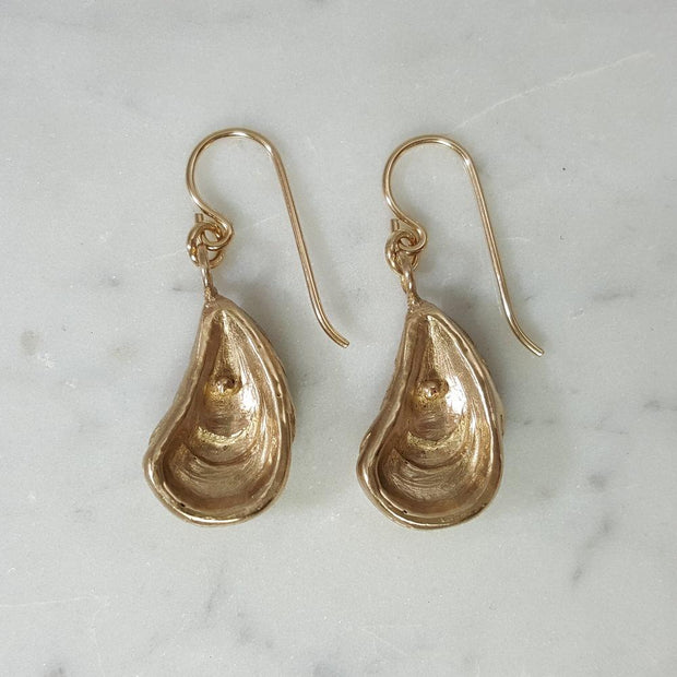 Oyster Earrings-Bronze