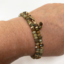 Load image into Gallery viewer, Green Garnet and Gold Wrap Bracelet