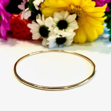 Load image into Gallery viewer, 14K Gold Bangle Bracelet - 3mm Thick