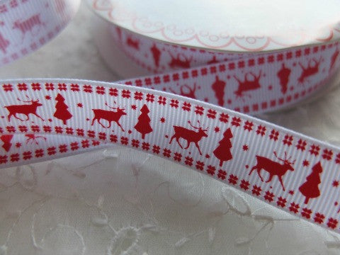 Reindeer and Tree Ribbon