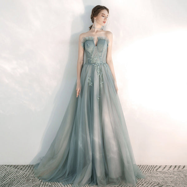 A-Line Court Train Tulle Wedding Dress with Appliques