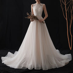 A-Line Court Train Key Hole Tulle And Lace Wedding Dress