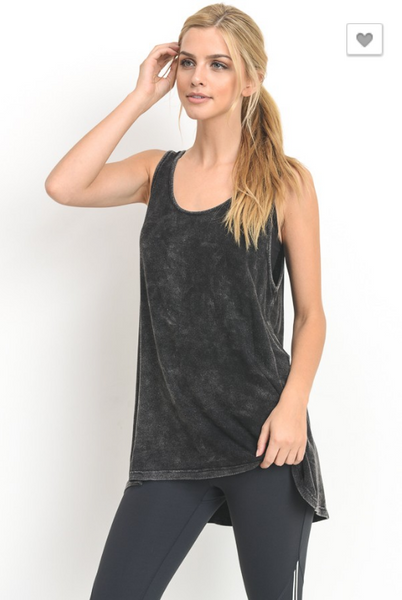 Strappy Mineral Wash Tank