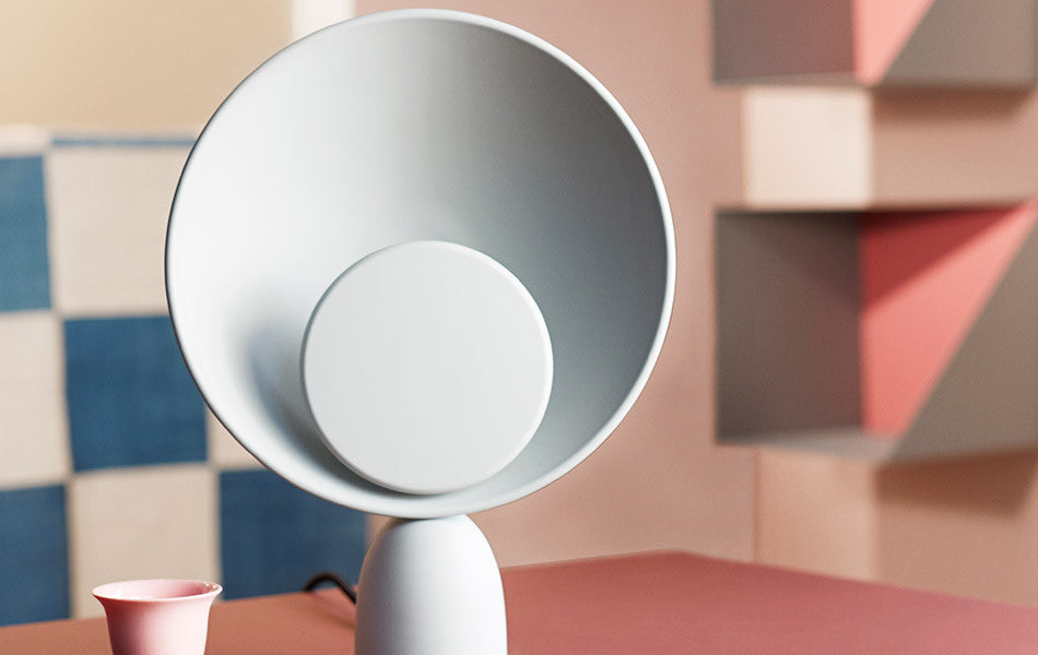 Blooper Table Lamp, Please wait to be Seated, Stilleben