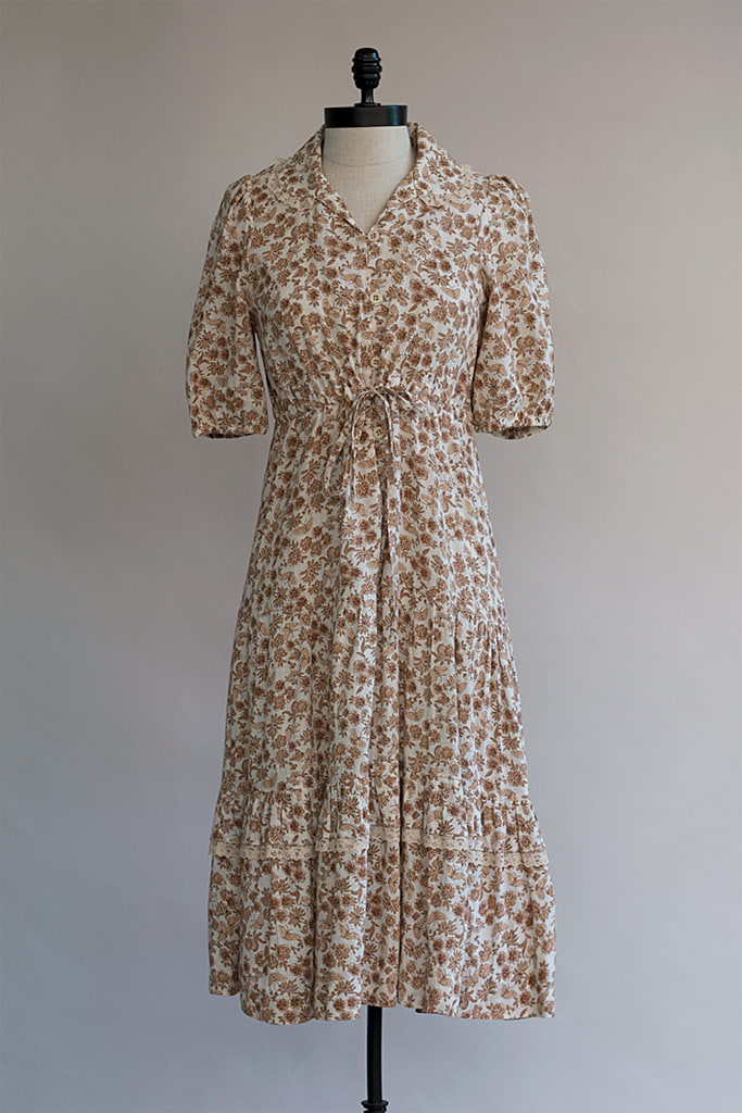 Quiet Fields Dress | 1970s Cotton Dress