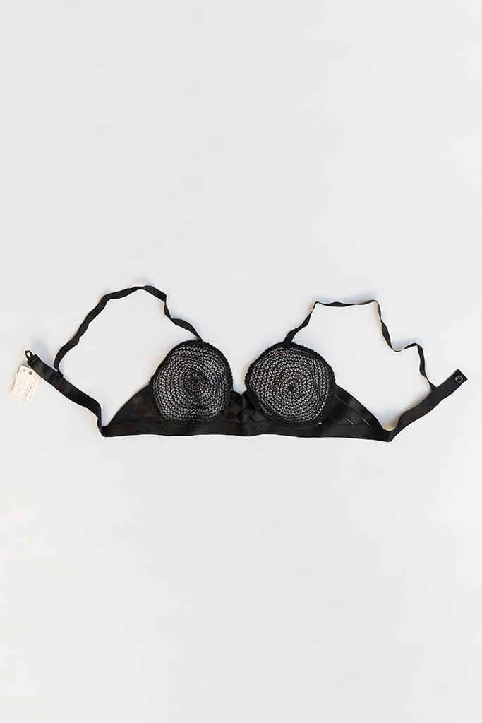 Amaris Bra | NOS Black Crochet & Satin Strappy Bra