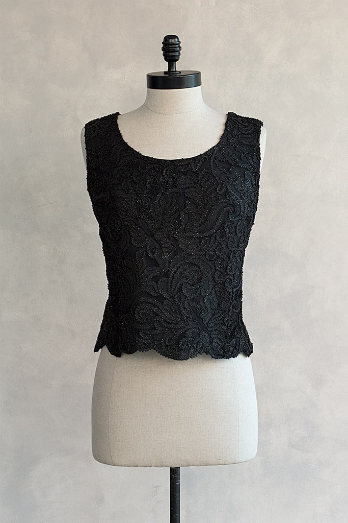 black lace sleeveless top