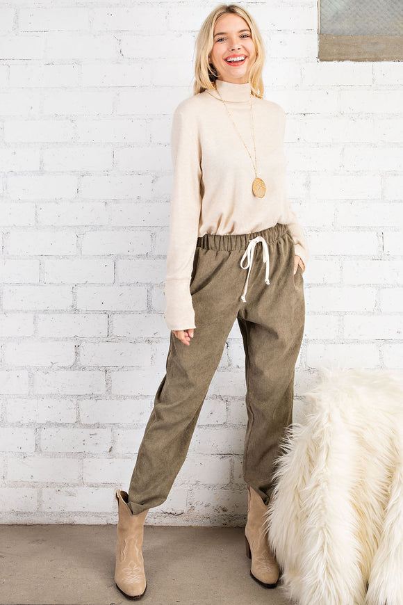 CORDUROY BOYFRIEND FIT TAPER PANTS
