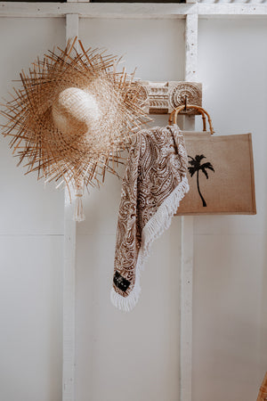 Shop a range of Australian designed beach accessories. Natural fibres like jute & cotton feature in our Pacific Island Luxe Collection for 2020